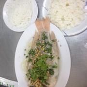 Cá điêu hồng hấp hành & bún, cơm