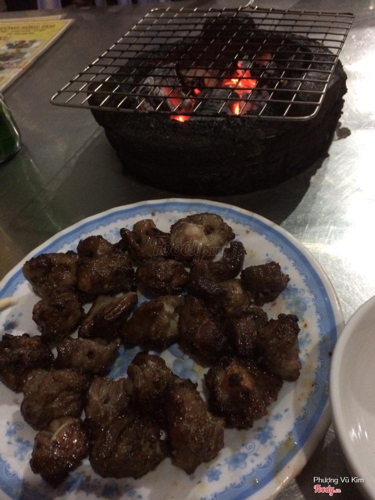 Hùng Tâm - Ngẩu Pín Nướng ở Hà Nội