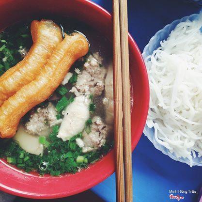 Bún mọc tiết chợ Đồng Xuân Hà Nội