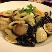 mì đen xào hải sản