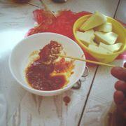 Nước sốt với nem ăn rất ngon, hợp lắm lun đó 😁😎 nem ăn không cũng ngon không kém đâu nà 😎😝