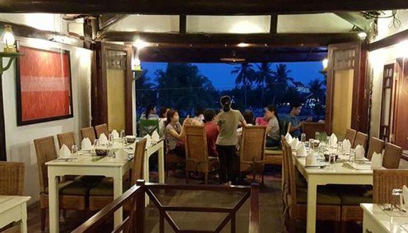 Lá Chuối Cafe