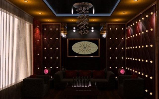 Phương Trang Karaoke