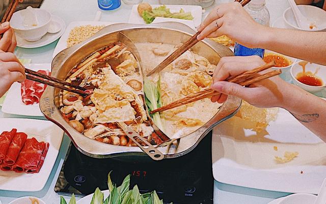Lẩu Hồng Kông Bone & Pot - Nguyễn Tri Phương