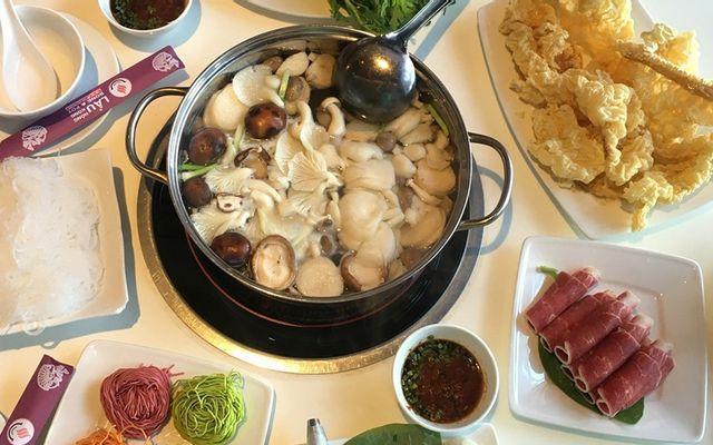 Lẩu Hong Kông Bone & Pot - Nguyễn Tri Phương