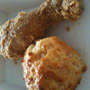 đùi gà và bánh