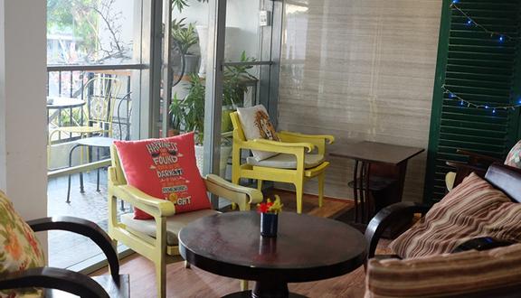 Happy Nest Cafe'