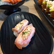 sashi cá hồi