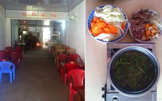 Lẩu 40K - Lẩu Vịt Nấu Chao & Heo Giả Cầy