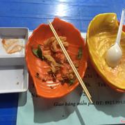 Từ trái sang phải (đã ăn hết - lol) Phô mai que - Bánh tráng trộn - Nui xào