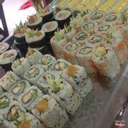 1 góc mâm sushi nè