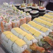 1 góc mâm sushi nè ^^