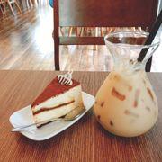 Tiramisu và trà sữa