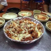 Nửa đĩa gà phomai (phomai vừa - 30k, phô mai thêm - 60k)