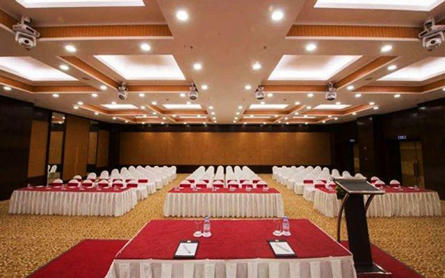 Almaz Convention Center - Trung Tâm Hội Nghị, Tiệc Cưới