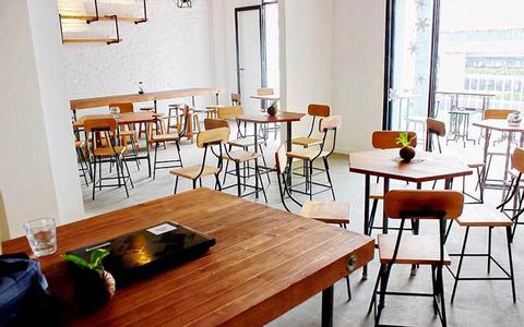 Cafe / Meetup