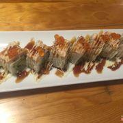 Sushi cá hồi + trứng cá hồi