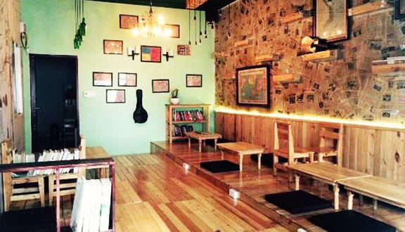 The Cafe & Friends - Vanilla