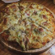 Pizza khá ngon và chất lượng