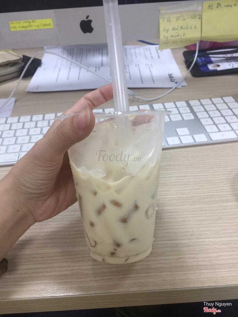 Trà sữa oolong trân châu trắng: bột béo hơi nhiều nên k nghe rõ vị trà! Trân châu trắng bị chua nên ly trà sữa cũng chua theo!