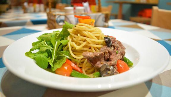 Hẻm Spaghetti - Nguyễn Đình Chiểu