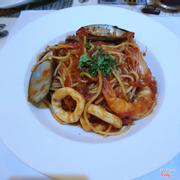 Spaghetti hải sản sốt cà