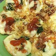 Bánh trứng cút mix cheese. Bánh rất đặc biệt rất thơm. Là sự kết hợp giữa BÁNH TRỨNG - PIZZA và CHEESE STICK.