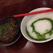 Cháo lá dứa + ếch vị Singapore