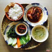 Set lunch tại OZ coffee Huỳnh Tịnh Của, quận 3. Ngon và rẻ ^^