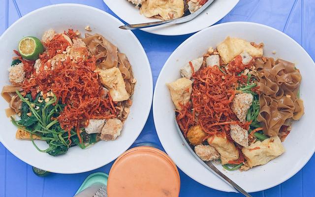 Linh Chi Bánh Đa Trộn & Miến Trộn - Nguyễn Khánh Toàn ở Quận Cầu Giấy, Hà Nội | Foody.vn