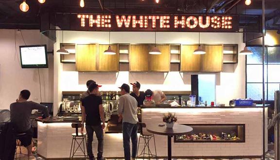 The White House Coffee - Văn Quán