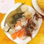 Hải sản cho nồi lẩu kimuchi.