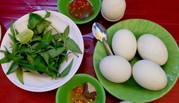 Thu Hiền - Hủ Tiếu & Trứng Vịt Lộn