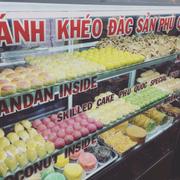 Bánh khéo 40k/hộp đủ loại tại chợ đêm Dinh Cậu