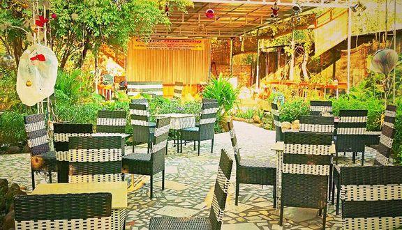 Hoa Nắng Cafe