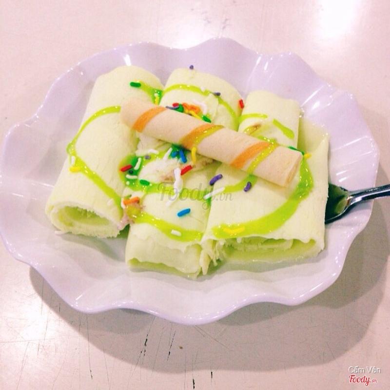 Kem cuộn trà xanh 12k/ phần
