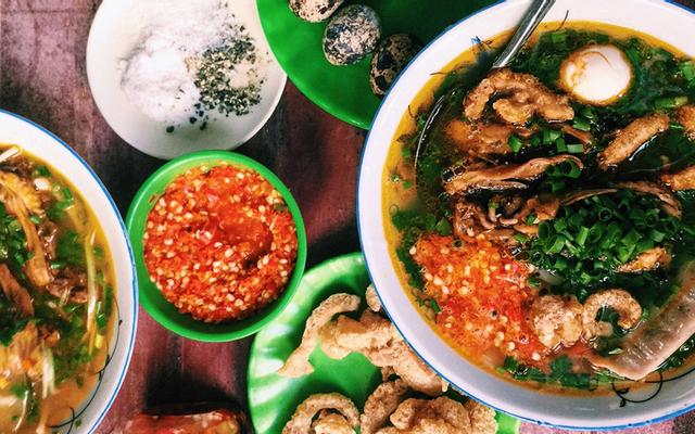 Dì Hương - Bánh Canh Cá Lóc