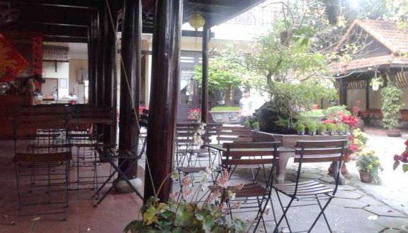 Vọng Phố Cafe