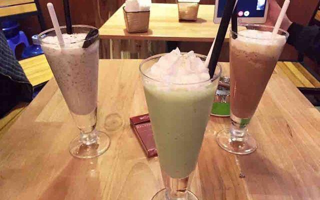 Kaffeine Cafe
