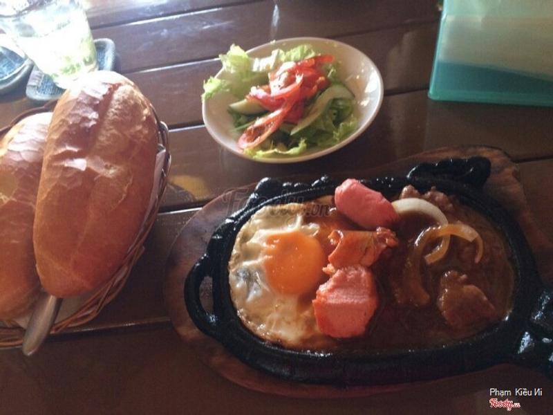 Bánh mì bò né