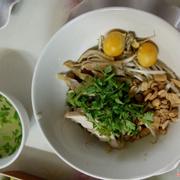 Miến gà trộn trứng non