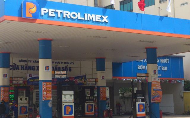 Cây Xăng Petrolimex - Trần Phú