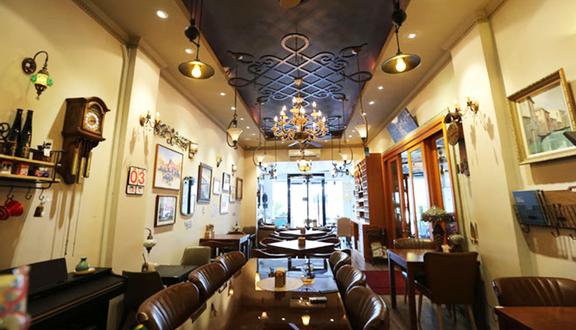 Heritage Cafe Et Bistro