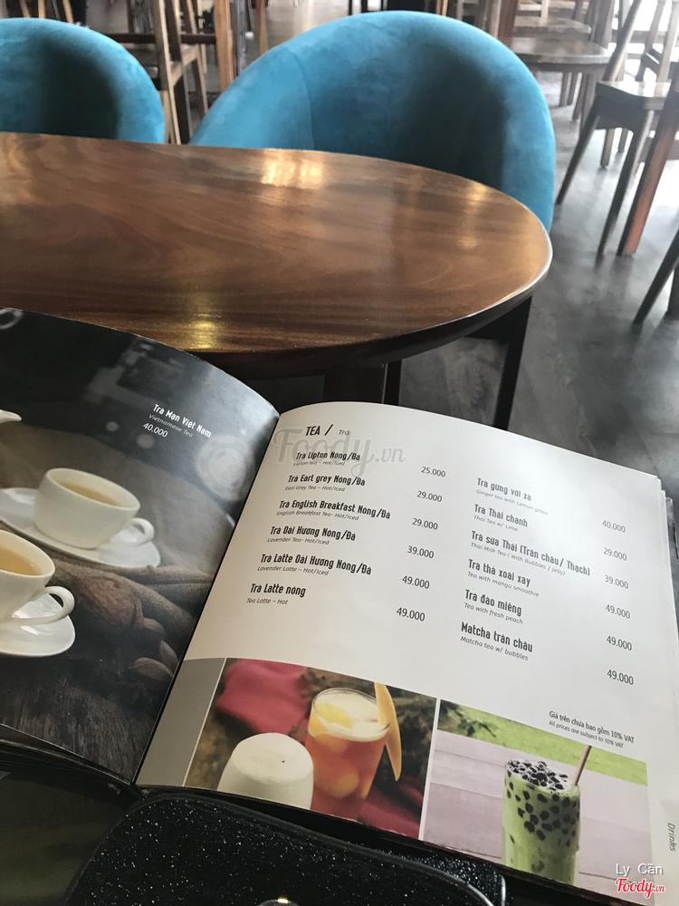 Half Full - Bistro & Cafe ở Hà Nội