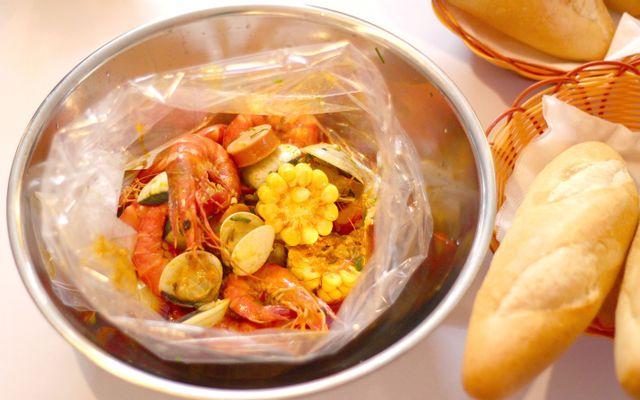 Cajun - Ẩm Thực Mỹ - Nguyễn Văn Thoại