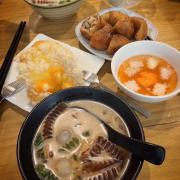Chè ngũ sắc pha lê; Bánh BLTM; Cafe cốt dừa; Bánh rán mặn