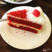 Red của Nồi thì nổi với ngon r hihiii mỗi tội giá hơi chát chút nhưng hài lòng với chất lượng và hương vị của bánh hihiii
