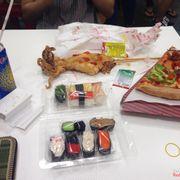 pizza xúc xích & thịt