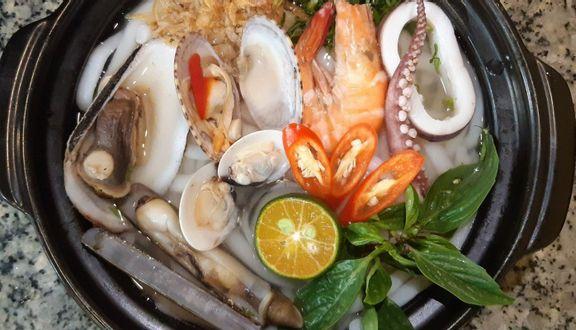 Bánh Canh Việt - Nguyễn Văn Cừ