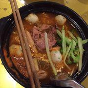 Nước mì bửa nay hk nóng hk chính thịt mì thì hk nở ăn nge mùi bột.